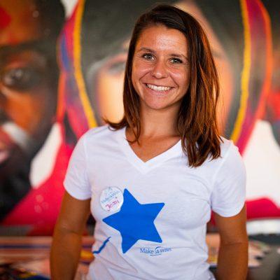 """Unser """"GIVE LOVE BACK"""" Charity Event im blauen Wasser Frankfurt war ein voller Erfolg! 100% der Einnahmen kommen Make-A-Wish Deutschland zu Gute. Sowohl die Künstler als auch die Location haben auf Gagen und Mieteinnahmen verzichtet. Wir konnten eine Spendensumme von 6983,60 € sammeln!!! Wir bedanken uns ganz herzlich bei allen, die zu dieser wunderbaren Spendensumme beigetragen haben!"""